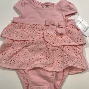 Newborn girl outfit in pink! NWT